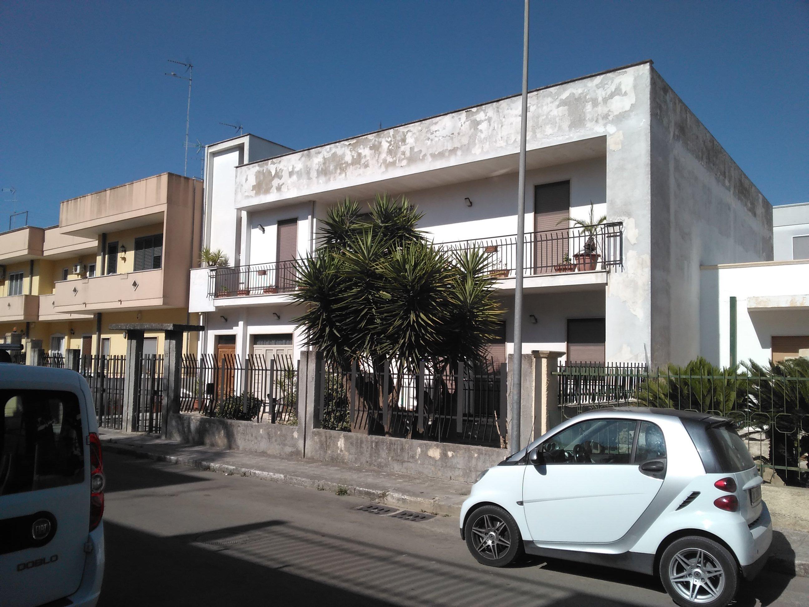 Mesagne (BR) - Via G. di Vittorio, zona Seta
