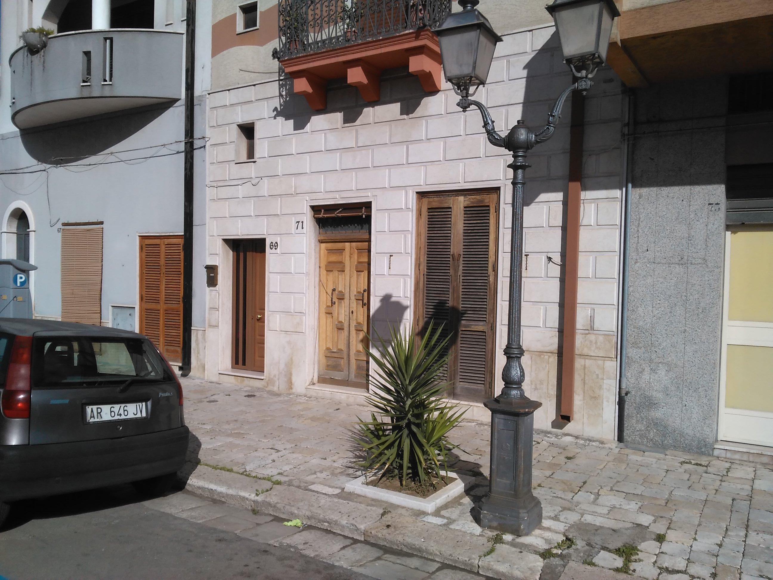 Mesagne (BR) - Via Roma, 71 - Corte Rascaccio